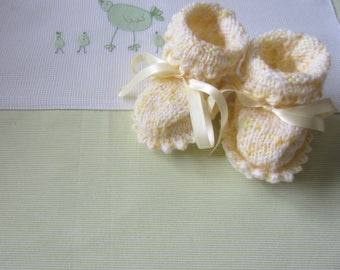 Newborn yellow speckled - hand made knitted baby booties