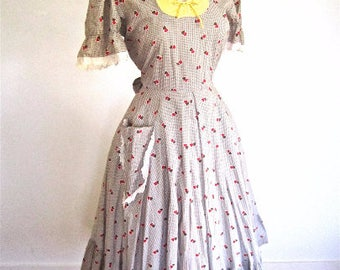 M 40s 50s Hearts Novelty Print Day Peasant Dress Red Yellow Brown Cotton Pocket Puff Sleeves Sweetheart Neckline by Lucinda Medium