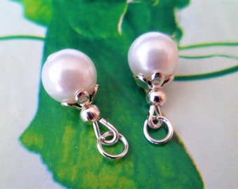 2 charms White Pearl Grade A 15 mm