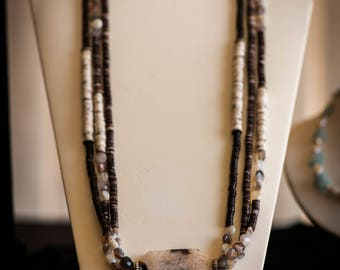 Brown & cream quartz Agate triple strand necklace