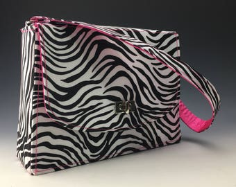 Sleek and Chic satin purse in Zebra/Pink