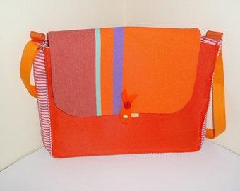 Bea unique vintage shoulder bag