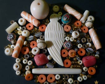 167 beads from Nepal in agate, yak bone, stone, glass and metal