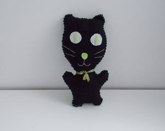 Black felt cat. Stuffed / plush felt. Newborn baby gift / present for a child.