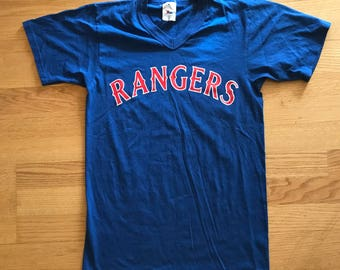 1990s Majestic Texas Rangers MLB Baseball V-Neck T-Shirt Size Small