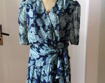 40s style floral peplum dress size large