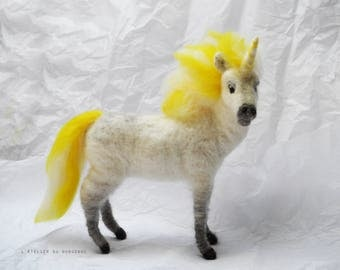 Unicorn felted (Waldorf)