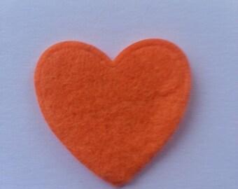 coeur en feutrine orange  31mm