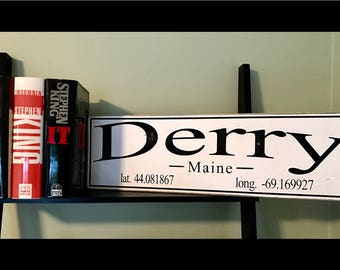 Stephen King Derry Sign