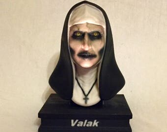 """Valak Nun """"The Conjuring 2"""" Bust"""