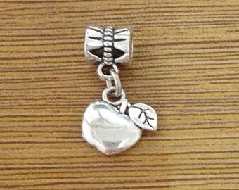 10 Apple Charms Antique Silver Tone - HB/Z002