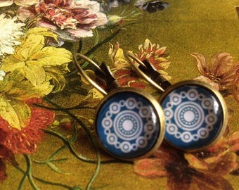 Old Dutch style ' Delft blue Astrantia ' earrings