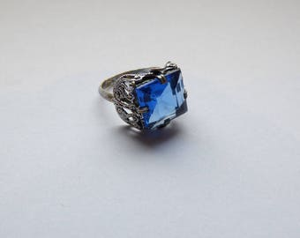 Ring style 1900 silver and blue stone