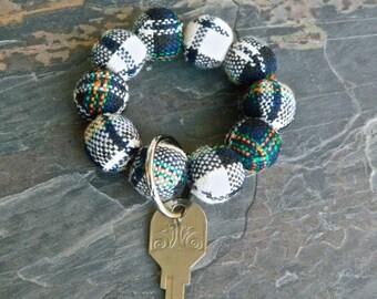 Keychain Bracelet, Bracelet Keychain, Beaded, Key Wristlet, Handsfree Keychain, Bracelet for Keys, Keychain Jewelry, Fashion Keychain, Plaid