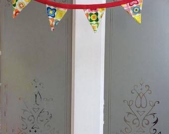 Decorative miniature bunting