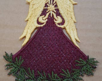 Free Standing Lace Angel of the Pines