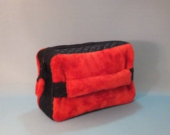 Pochette, Make-up Bag, Gift for Her, Gift Idea,  Red Pochette, Red Make-up Bag, Gift for Women, Ecological Fur Pochette, Red Clutch Bag