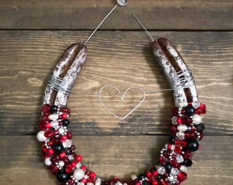 Valentine's Day Heart Decor, Country decor rustic decor, Boho decor, Cowgirl style, Decorated horseshoe, Farmhouse wall decor