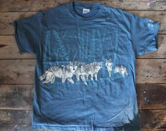 Sweet Vintage 90's Wolf Shirt | Size XL