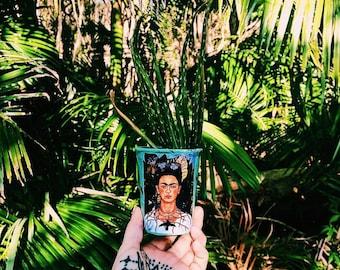 Frida Indoor Paper Pot Plant