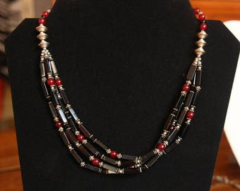 Black and red agate necklace