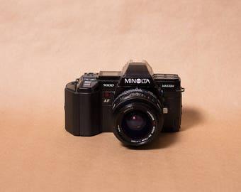 Like New Minolta Maxxum 7000 35mm SLR Film Camera with 35-70mm 1:4 AF Zoom Lens