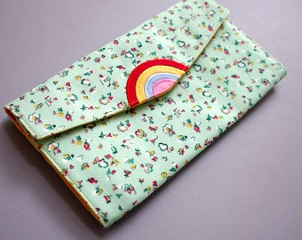 Rainbow Wallet, Wallet Coin Pouch, Ladies Long Wallet, Wallet Purse, Vegan Wallet, Clutch Wallet, Green Fabric Wallet, Vintage Floral Fabric