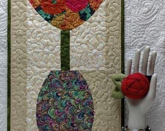 Tulip in Vase Quilt