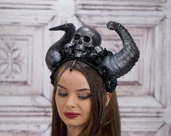 Gothic Demoness Headdress, Rams horn Headpiece, Skull Headdress, Death Costume, Black, Gray, Cosplay, Maenad, Demon, Witch, Vampire
