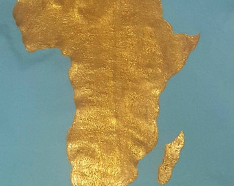 Fitted Women's Africa T-shirt - GOLD JUMBO Africa