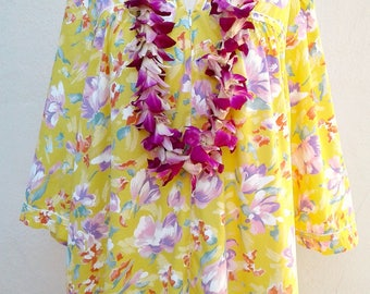 XL Vintage 80s muu-muu / yellow white lavender, zip up Hawaiian house coat, lounge wear, caftan XL