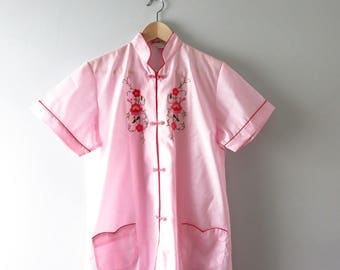 Vintage Pink Asian Top | 1960s Pink Embroidered Chinese Pajama Top XL