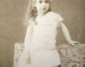 Antique French Carte de Visite, Antique French pretty girl CDV, Antique pretty girl photo, Antique Victorian girl photograph, Victorian CDV