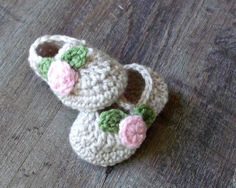 Crochet Baby Mary Janes, Pink Rosebud Mary Jane Baby Shoes, Crochet Baby Girl Shoes Baby Booties, Newborn Baby Girl Shoes