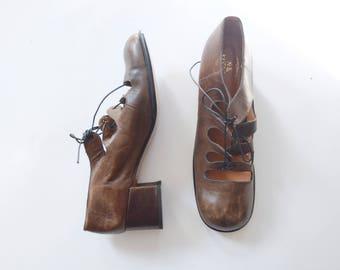 1960s/1970s Mod Brown Lace Up Shoes - 9