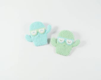 Cactus Brooch / Spirited Cactus Wearing Nerdy Glasses Felt Brooch / Ready for School Felt Cactus Pin / Felt Cactus with a Bold Personality