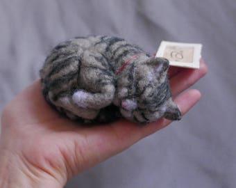 Sleeping Tabby - cat / felted animal / kitten / needle felted / fiber art / felt / animal / realistic / handmade / toy / lifelike / gift