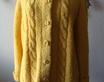 The May Co British Hong Kong Wool Nylon 40/S-M Gold Yellow Cable Knit Sweater Button Front Cardigan Long Sleeve