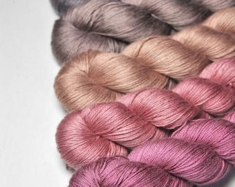 Cosy hut - Gradient of Silk/Cashmere Lace Yarn