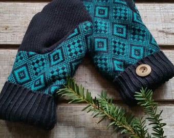 Upcycled sweater mitten medium