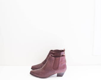LORD & TAYLOR burgundy brown woven leather ankle heel boots - women's size 6 M