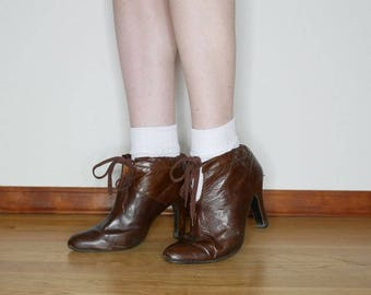 Vtg 1940s brown ankle boots size 9.5 narrow