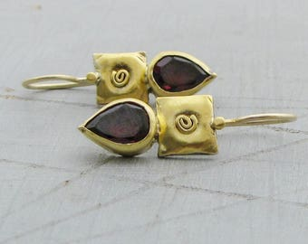 22k Gold Garnet Earrings - Garnet Gold Earrings - Dangle Garnet Earrings