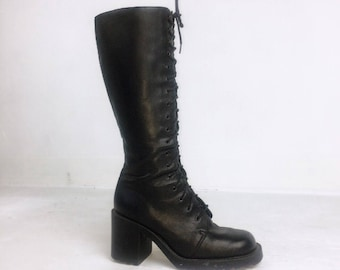 90's Grunge Black Leather Lace Up Knee Boots // 8 - 8.5