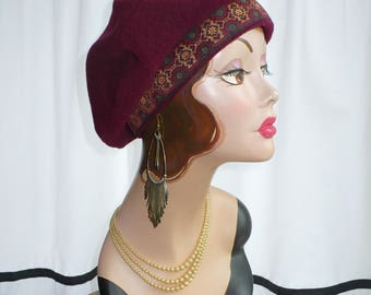 Maroon Beret with Old World Trim
