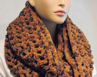 Brown Crochet Infinity Scarf,  Crochet Infinity Scarf, Brown Plush Infinity Scarf, Chunky Crochet Scarf,Winter Scarf, Infinity Scarf,