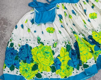 Mod Floral Apron Vintage Music Notes 1950s Flower Print Smock Hostess Apron 1950s Pin Up 7NH