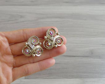 10-25% OFF Code In Shop - Vintage 50's 'Sparkle & Shine' Gold Swirl Clip On Earrings