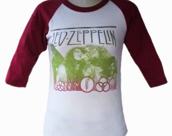 Vintage Tee Led Zeppelin Hard Rock Band 1970 Color White with Red Sleeves Size Medium