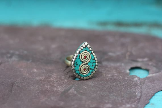 ADJUSTABLE VINTAGE RING - Turquoise Ring - Handmade - Bespoke - Gemstone Ring - Mosaic - Gift - One size fits all - Tibetan - Moroccan